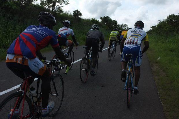 Sonntagsausfahrt mit Togos Radsportelite
